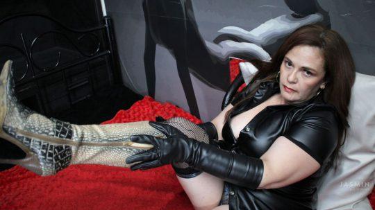 Kinky Fetish Sex Cam MelieFireRed